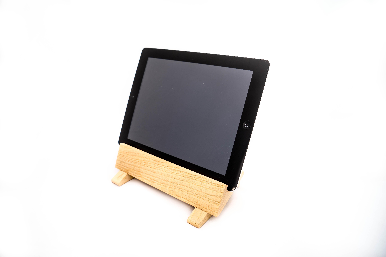 idea regalo porta tablet in legno