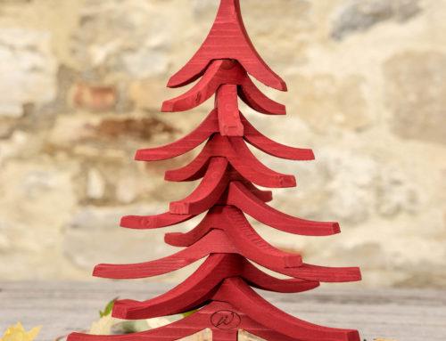 Albero di Natale in legno ALBERTINO rosso aperto