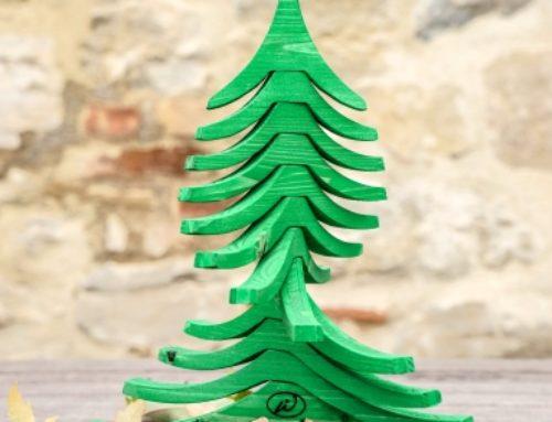 Albero di Natale in legno ALBERTINO, verde aperto