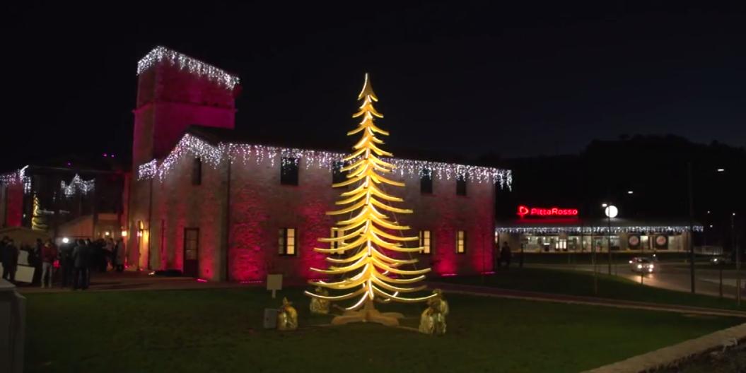 WOODEN CHRISTMAS TREE ALBERT ILLUM
